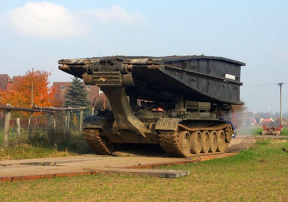 Spezialtechnik Brückenlegepanzer